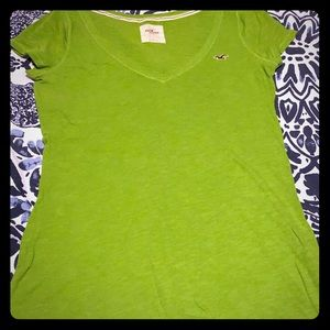 ⭐️Hollister lime green tee
